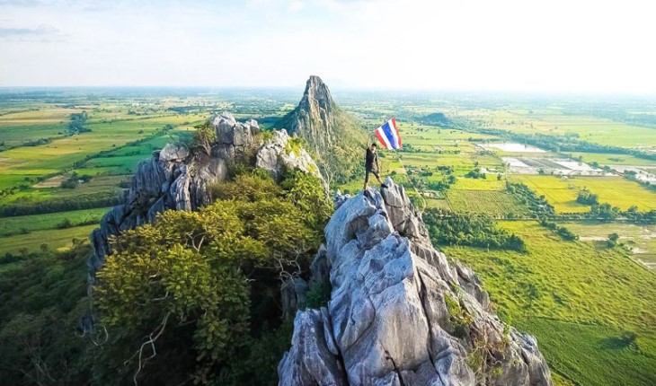 Thailand welcomes a record 38.27 million tourists in 2018