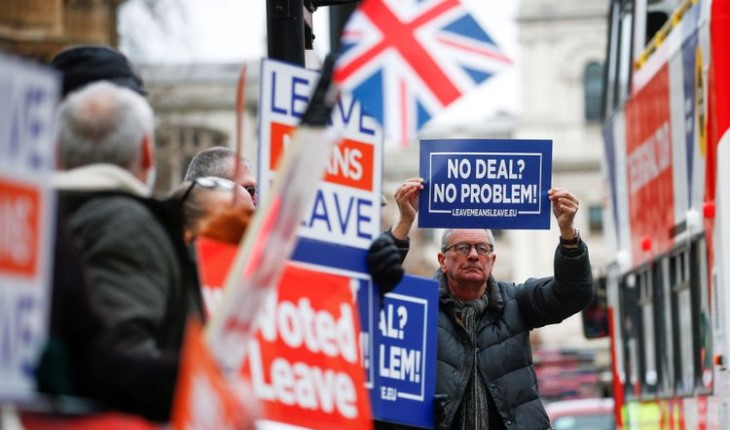 Brexit vote: British Parliament rejects Theresa May's Brexit deal  withdrawal from E.U. in doubt